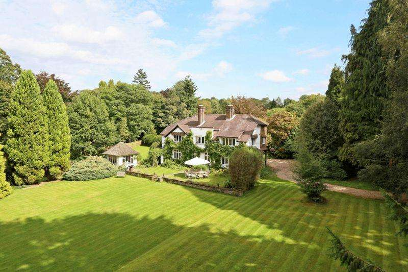7 Bedrooms Detached House for sale in Hewshott Lane, Liphook, Hampshire