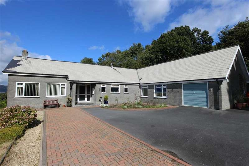 5 Bedrooms Detached Bungalow for sale in Taliesin, Machynlleth