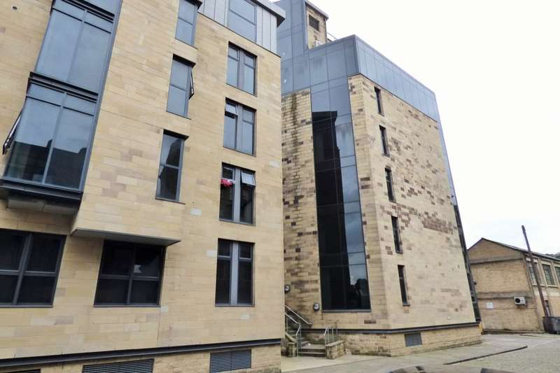 2 Bedrooms Flat for sale in Leeds Road, Bradford, BD1