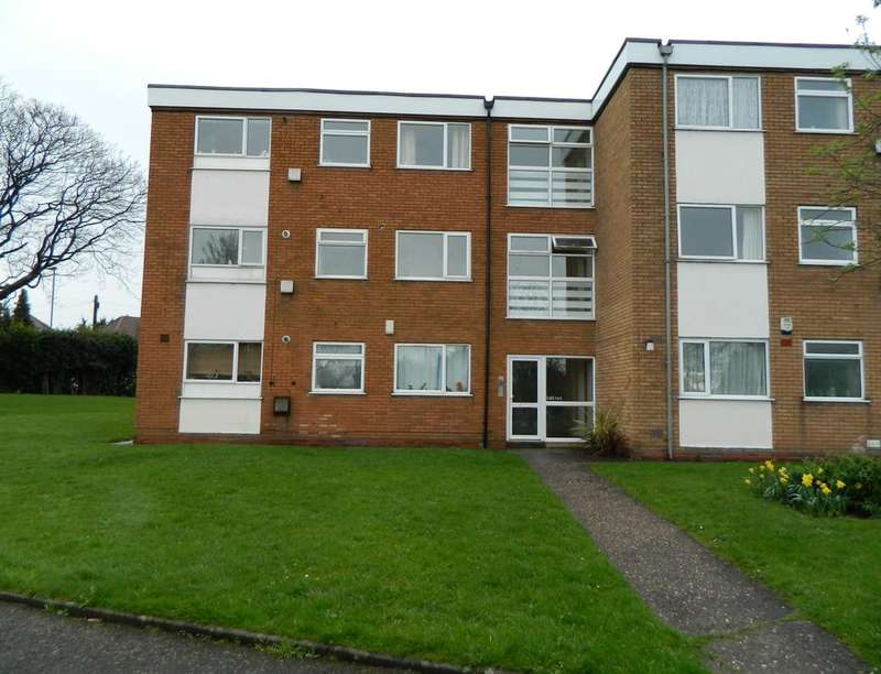 2 Bedrooms Flat for rent in Flaxley Road, Stechford, Birmingham, B33
