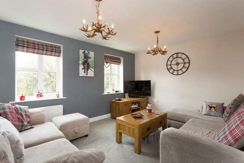 3 Bedrooms Property for sale in Priory Green, York, YO26