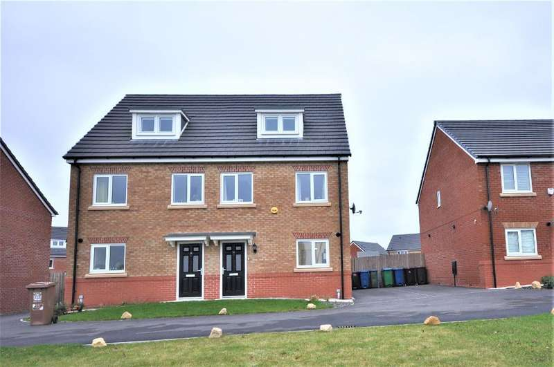 3 Bedrooms Semi Detached House for sale in Fleetwith Close, Middleton, Manchester, M24 5TB