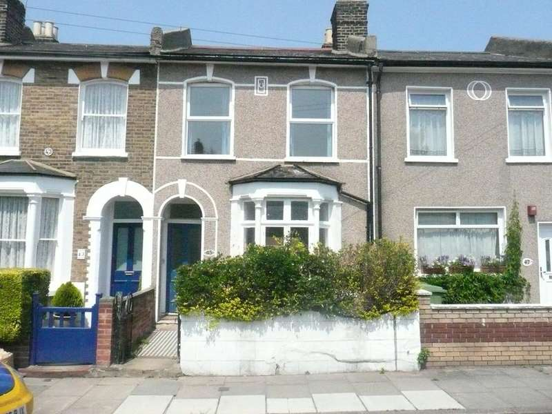 5 Bedrooms House for rent in Crewys Road, London SE15