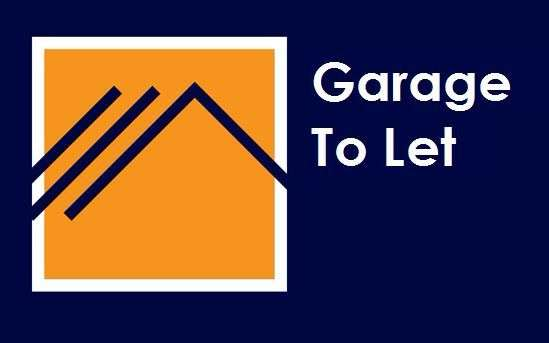 Garages Garage / Parking for rent in St Georges Walk