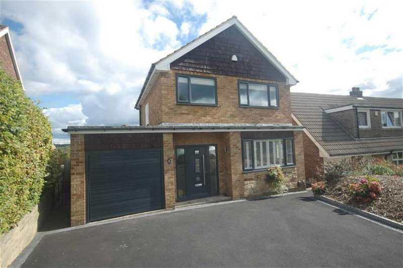 3 Bedrooms Detached House for sale in St Marys Walk, Mirfield, WF14