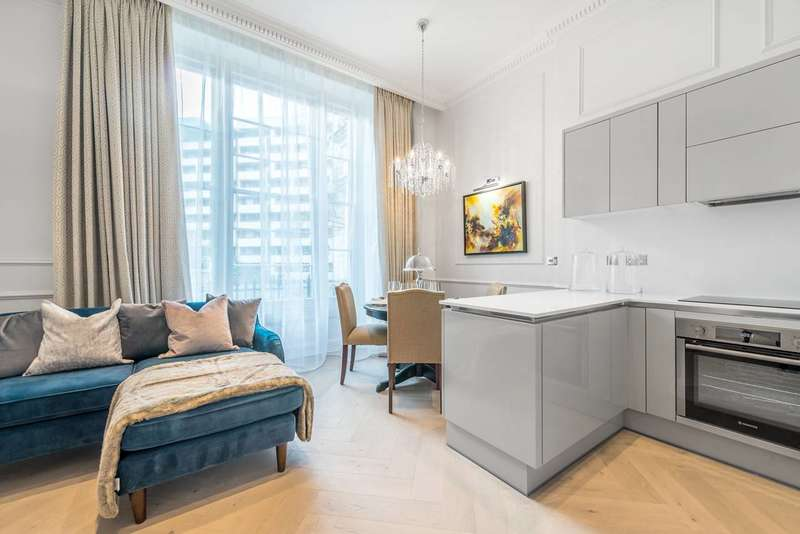 1 Bedroom Flat for sale in Gloucester Gardens, Bayswater, W2