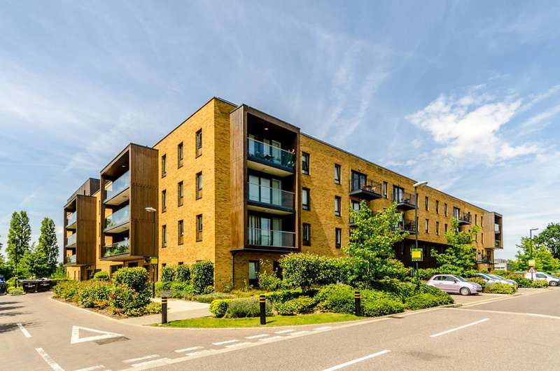 2 Bedrooms Flat for sale in Meadowside, Kidbrooke, SE9