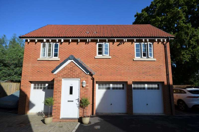 2 Bedrooms House for sale in Carhaix Way, Dawlish, EX7