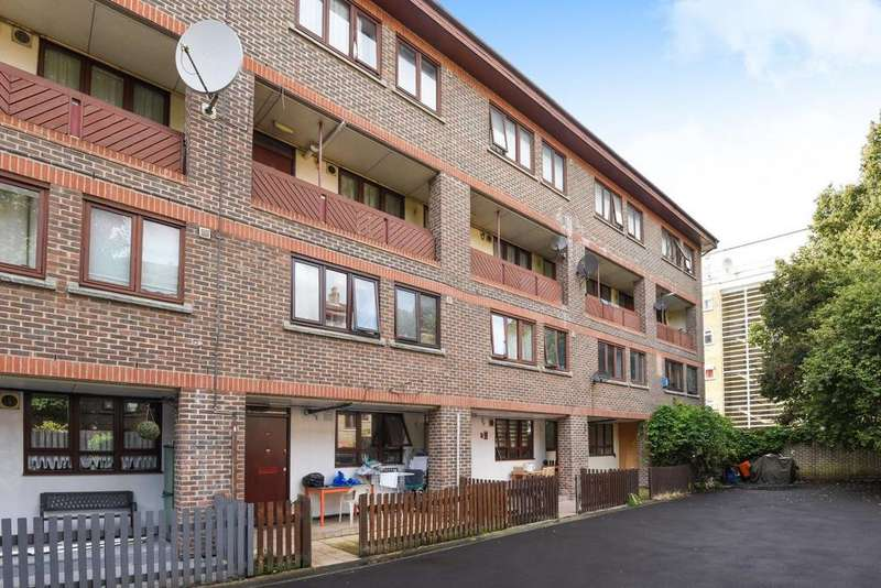 3 Bedrooms Flat for sale in Purcell Street, Hoxton