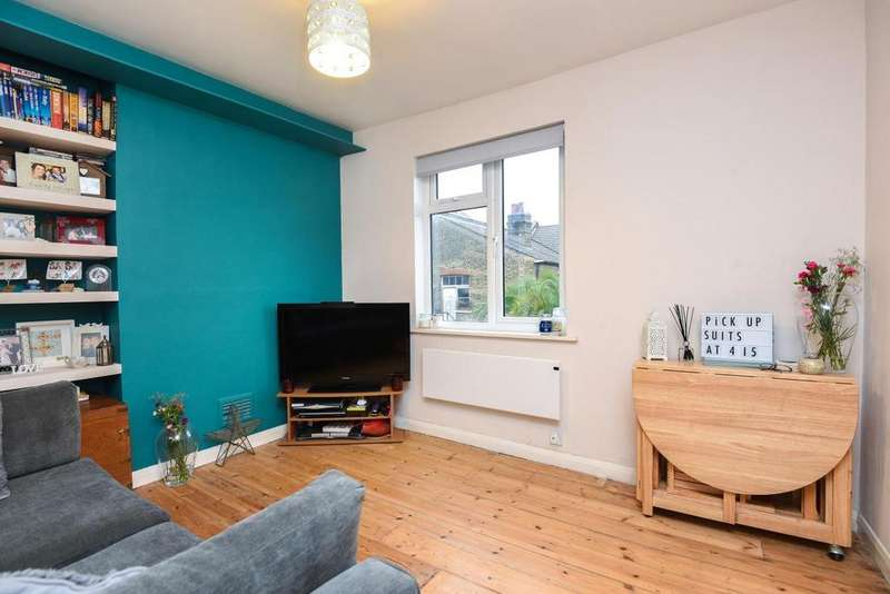 1 Bedroom Flat for sale in Dafforne Road, Tooting