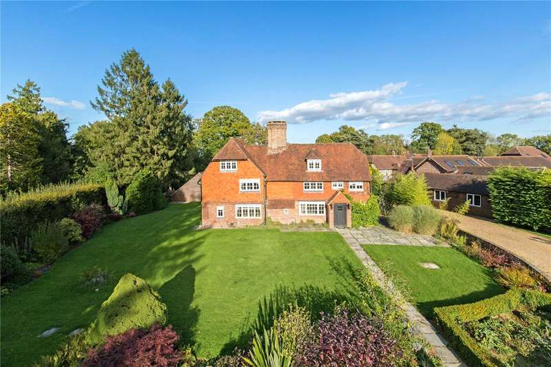 6 Bedrooms Detached House for sale in Hophurst Place, Hophurst Lane, Crawley Down, West Sussex, RH10