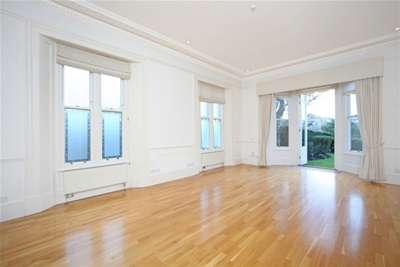 6 Bedrooms House for rent in Redcliffe Gardens, Chiswick, W4