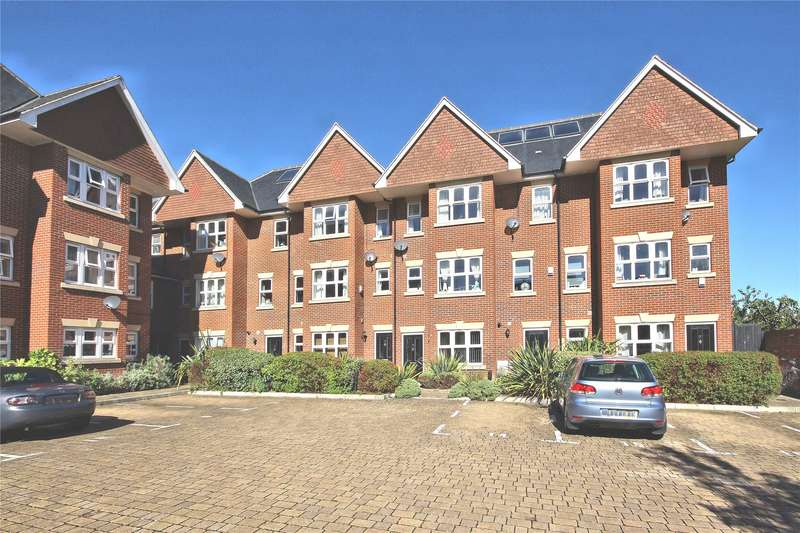 4 Bedrooms Terraced House for sale in Smiles Place, Woking, Surrey, GU22