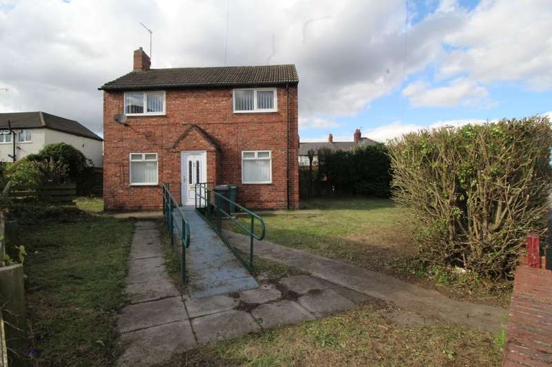3 Bedrooms Semi Detached House for sale in Jutland Avenue, Hebburn, NE31
