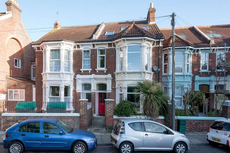5 Bedrooms Terraced House for sale in Wimbledon Park Road, Southsea, PO5