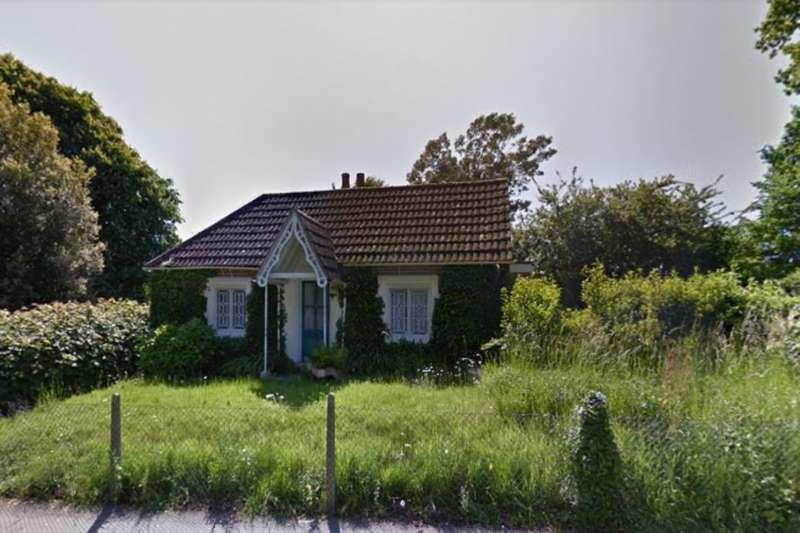 2 Bedrooms Detached Bungalow for sale in Park Lane, Fareham, PO16