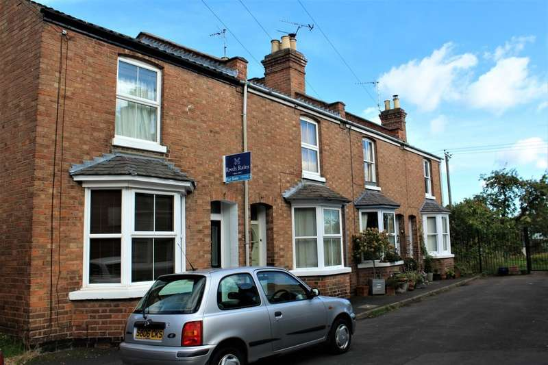 3 Bedrooms Terraced House for sale in Glebe Place, Leamington Spa, CV31