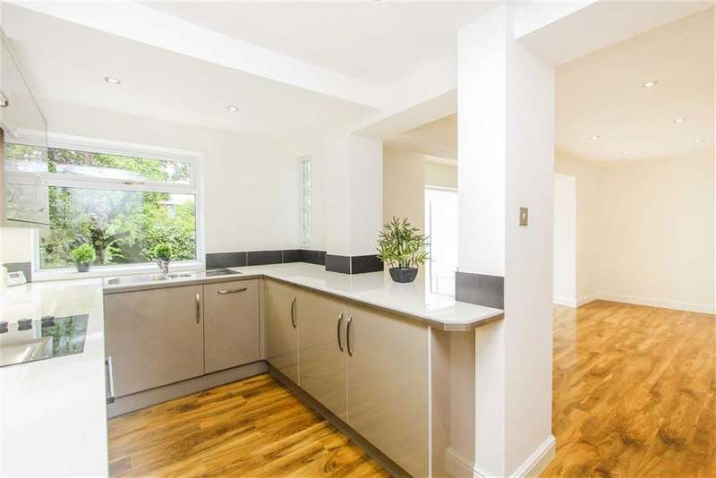 4 Bedrooms Semi Detached House for sale in Waterloo Road, Whitley Bay, Tyne And Wear