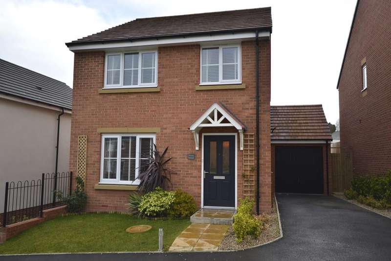 4 Bedrooms Detached House for sale in Chatham Court, St. Georges, Telford, TF2