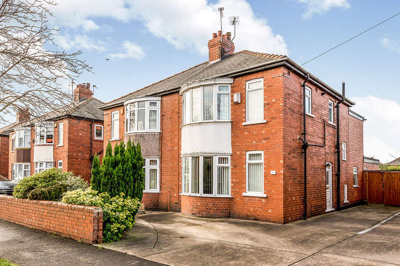 3 Bedrooms Semi Detached House for sale in Rutland Road, Goole, DN14