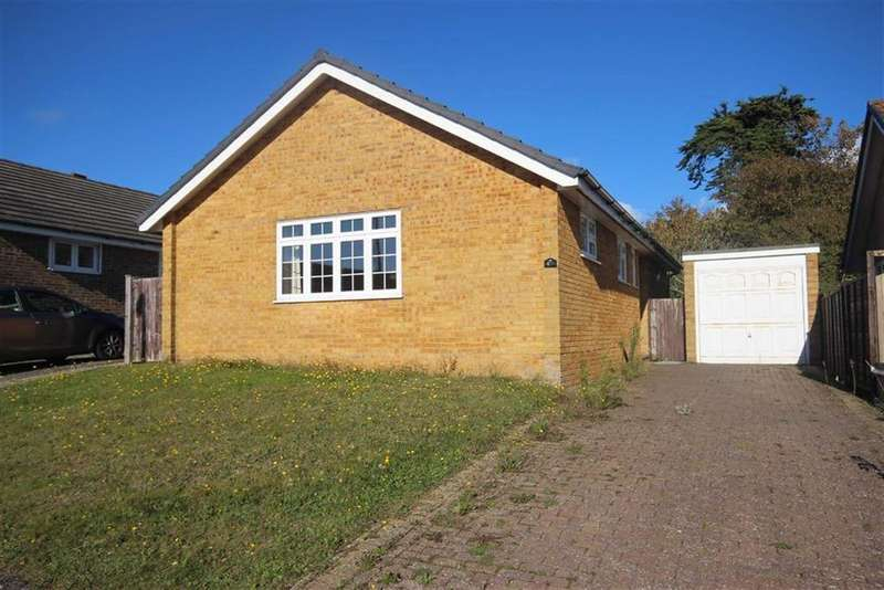 2 Bedrooms Detached Bungalow for sale in North Way, Seaford