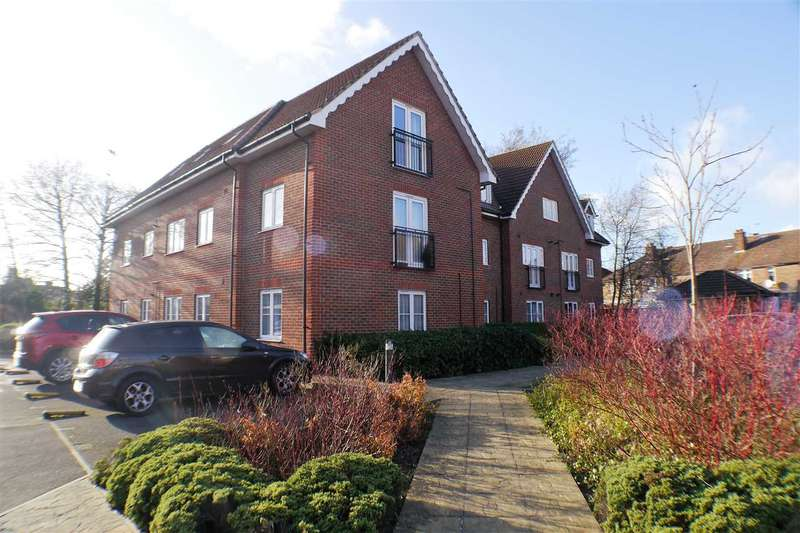 2 Bedrooms Apartment Flat for sale in Jasmine Court, Bognor Regis