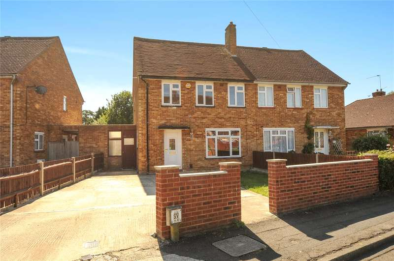 3 Bedrooms Semi Detached House for sale in Corwell Gardens, Uxbridge, Middlesex, UB8