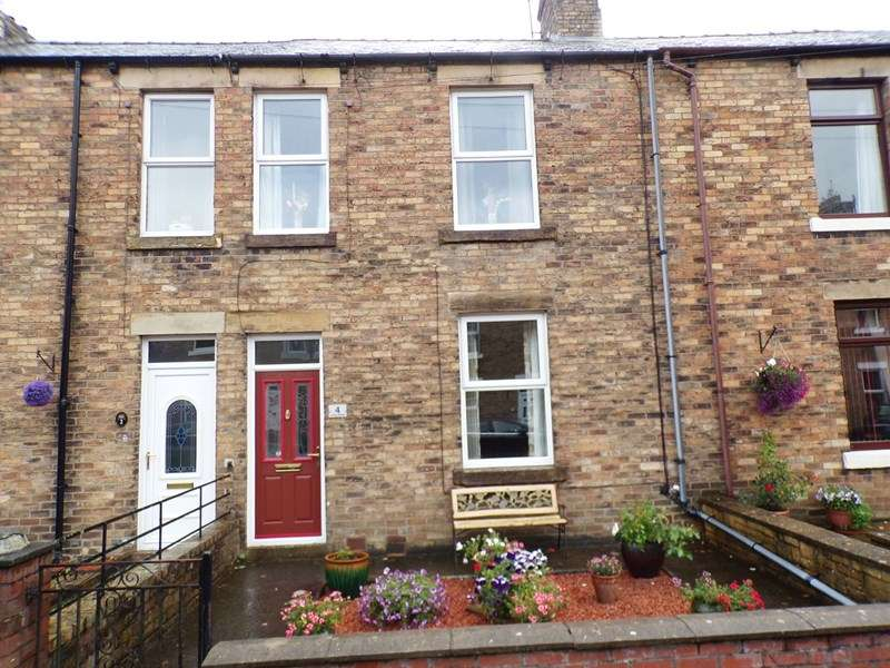3 Bedrooms Property for sale in Lorne Street, Haltwhistle, Haltwhistle, Northumberland, NE49 9BL