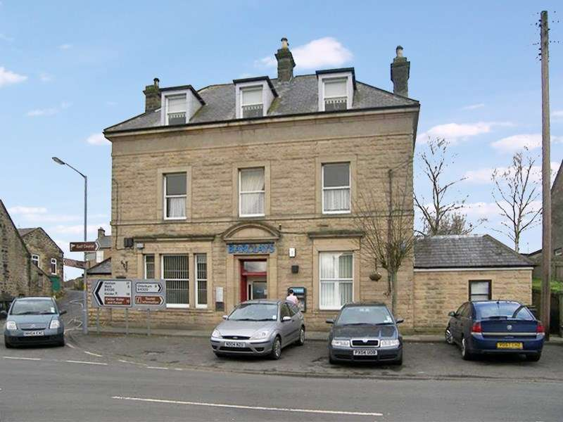2 Bedrooms Apartment Flat for sale in Front Street, Bellingham, Hexham, Northumberland, NE48 2AA