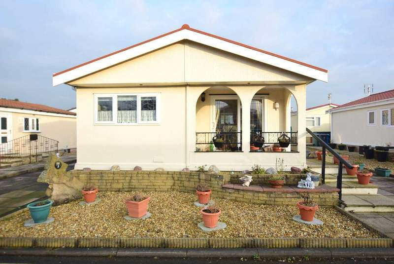 2 Bedrooms Park Home Mobile Home for sale in Jenson Drive, Blackpool