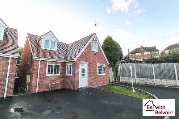 3 Bedrooms Property for sale in Genge Avenue, Lanesfield, Wolverhampton