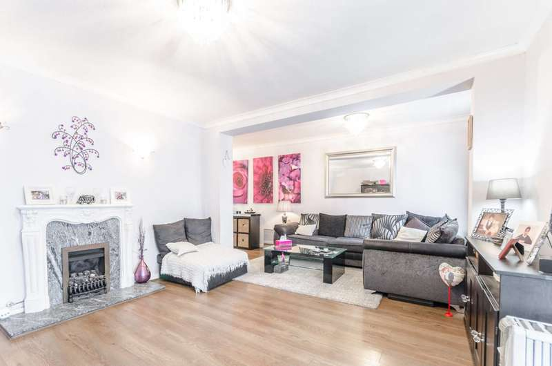 3 Bedrooms Terraced House for sale in Westward Road, Chingford, E4