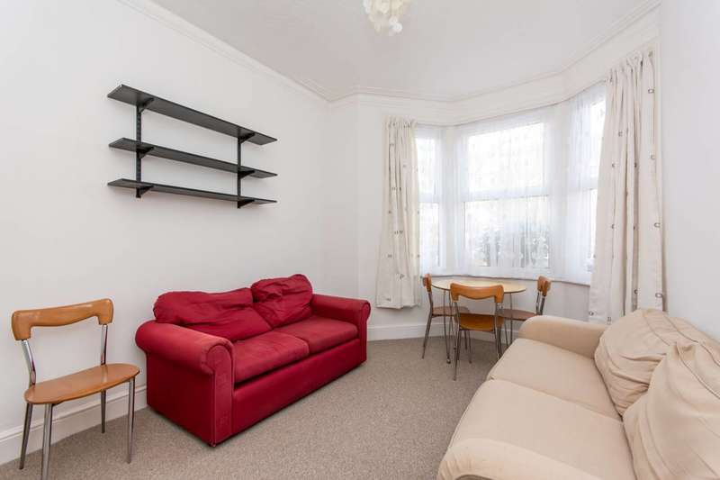 2 Bedrooms Flat for sale in Maybury Gardens, Willesden, NW10