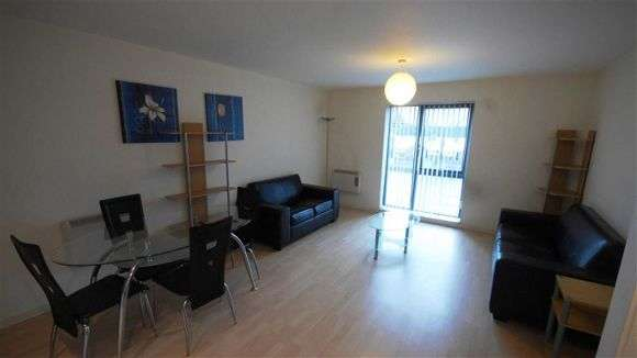 2 Bedrooms Flat for sale in Ordsall Lane, Salford, Manchester