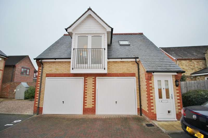 Studio Flat for sale in Olivers Court, Shefford, Bedfordshire, SG17