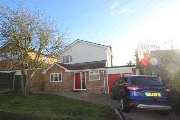 3 Bedrooms Detached House for rent in Hillside Road, Benfleet