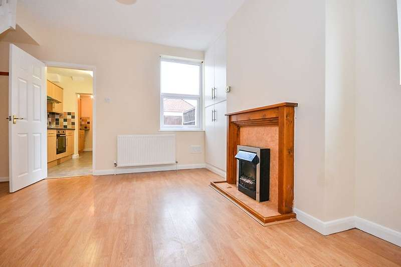 3 Bedrooms Semi Detached House for sale in Mansfield Road, Selston, Nottingham, NG16