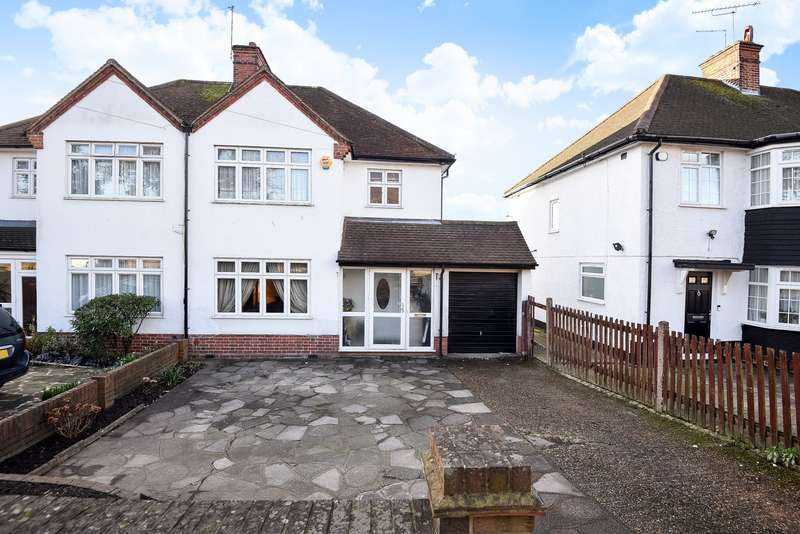 3 Bedrooms Semi Detached House for sale in Pinner Road, Northwood