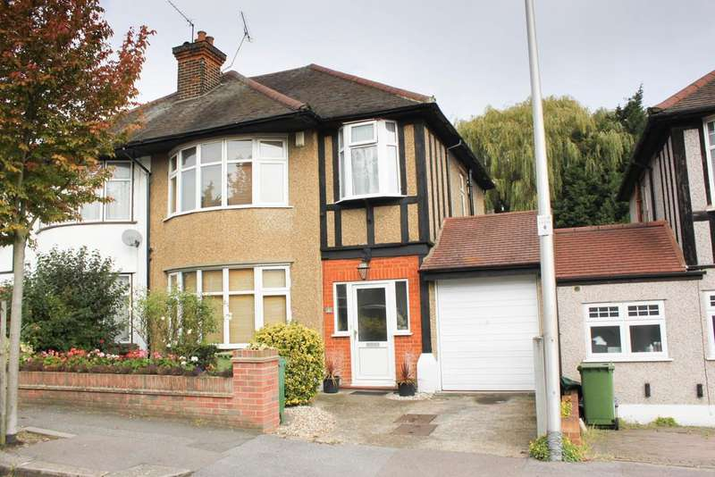 3 Bedrooms Semi Detached House for sale in Grosvenor Gardens, Woodford Green