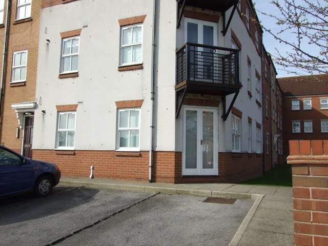 2 Bedrooms Unique Property for rent in Plimsoll Way, Victoria Dock, Hull, East Yorkshire, HU9 1PW