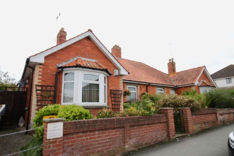 3 Bedrooms Property for sale in Maud Road, Dorchester