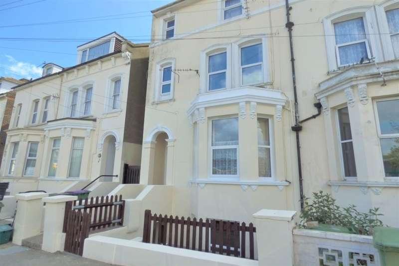 1 Bedroom Flat for sale in Coolinge Road, Folkestone, CT20