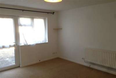 2 Bedrooms House for rent in Cedar Close, Torpoint