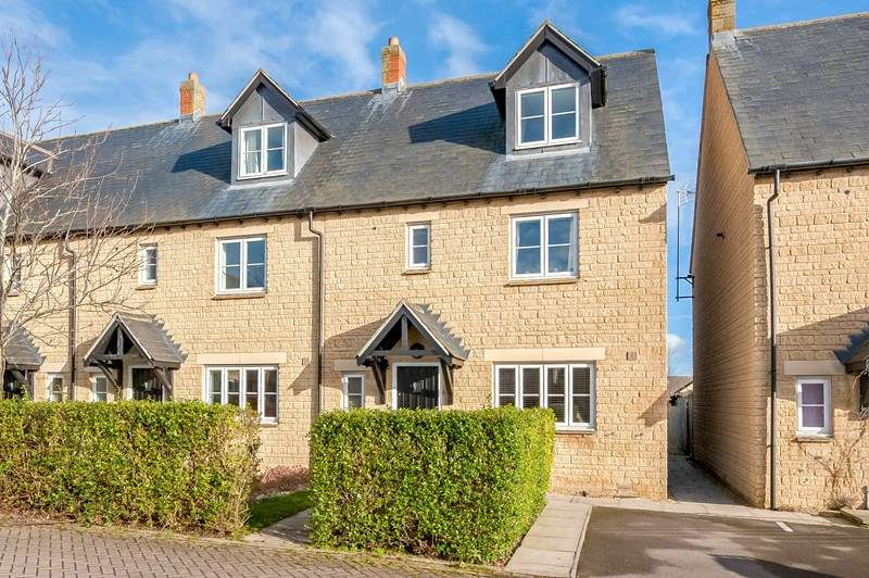 4 Bedrooms End Of Terrace House for sale in Old Johns Close, Middle Barton, Chipping Norton