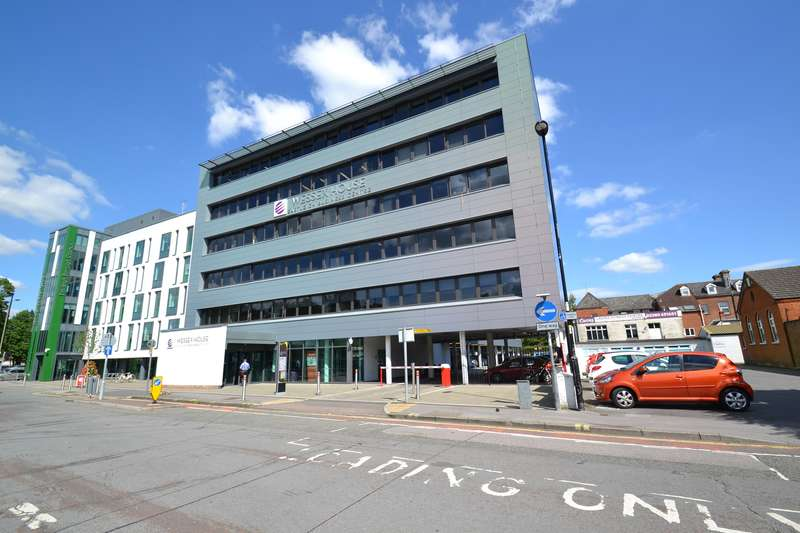 Office Commercial for rent in Suite 2B2 Wessex House, Upper Market Street, Eastleigh, SO50 9FD