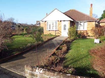 2 Bedrooms Bungalow for sale in Stubbington, Hampshire, United Kingdom