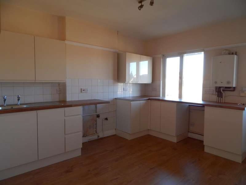 2 Bedrooms Flat for rent in Ninfield Road, Bexhill-On-Sea