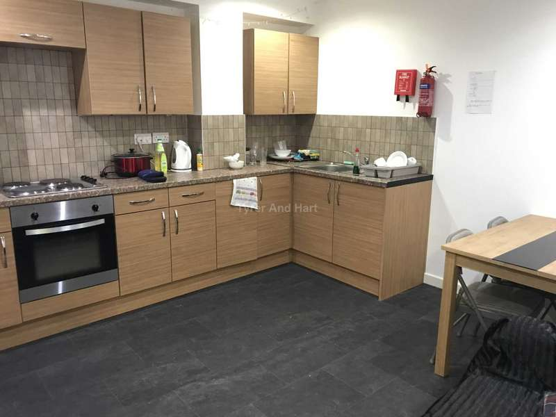 5 Bedrooms House Share for rent in Duke Street, Liverpool