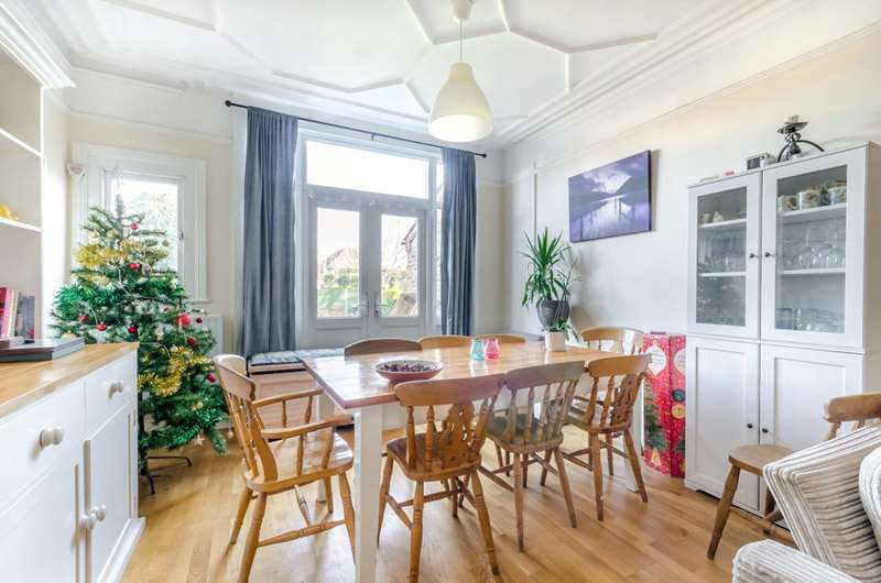 8 Bedrooms House for sale in Ravenslea Road, Nightingale Triangle, SW12