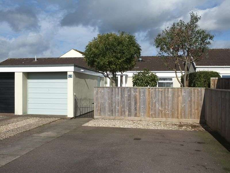 2 Bedrooms Property for sale in Elm Close Broadclyst, Exeter